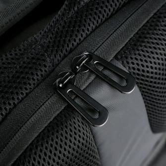 Nordace Urban MAX スマートトラベルバックパック - 15.6インチPCも保護